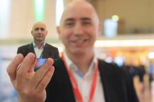 3D-Druck jetzt auch farbig und fotorealistisch: Dr. Conor MacCormack, Mitbegründer und CEO von Mcor Technologies, einmal aus Papier und einmal in echt auf der Inside 3D Printing